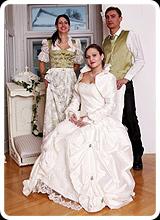 Ines und Florenz - klassische trachen für die Hochzeit